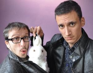 El Mag Lari fa aparèixer un conill a la xaqueta de l'Enric Lucena