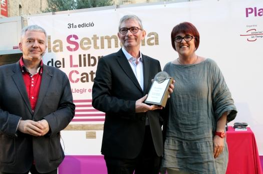 Pep Albanell amb Montse Ayats, presidenta de La Setmana, i Màrius Serra